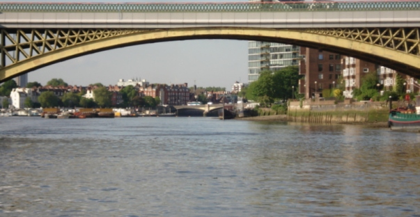 7 Nameless railyway bridge SC05565